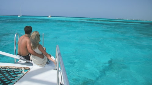 Enjoying the sun on the sailboat in Grand Cayman