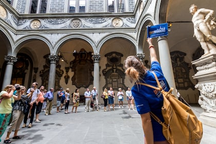 Best of Florence Walking Tour with Accademia Gallery & David