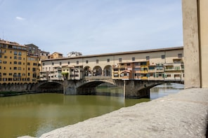 Best of Florence Walking Tour with Accademia Gallery