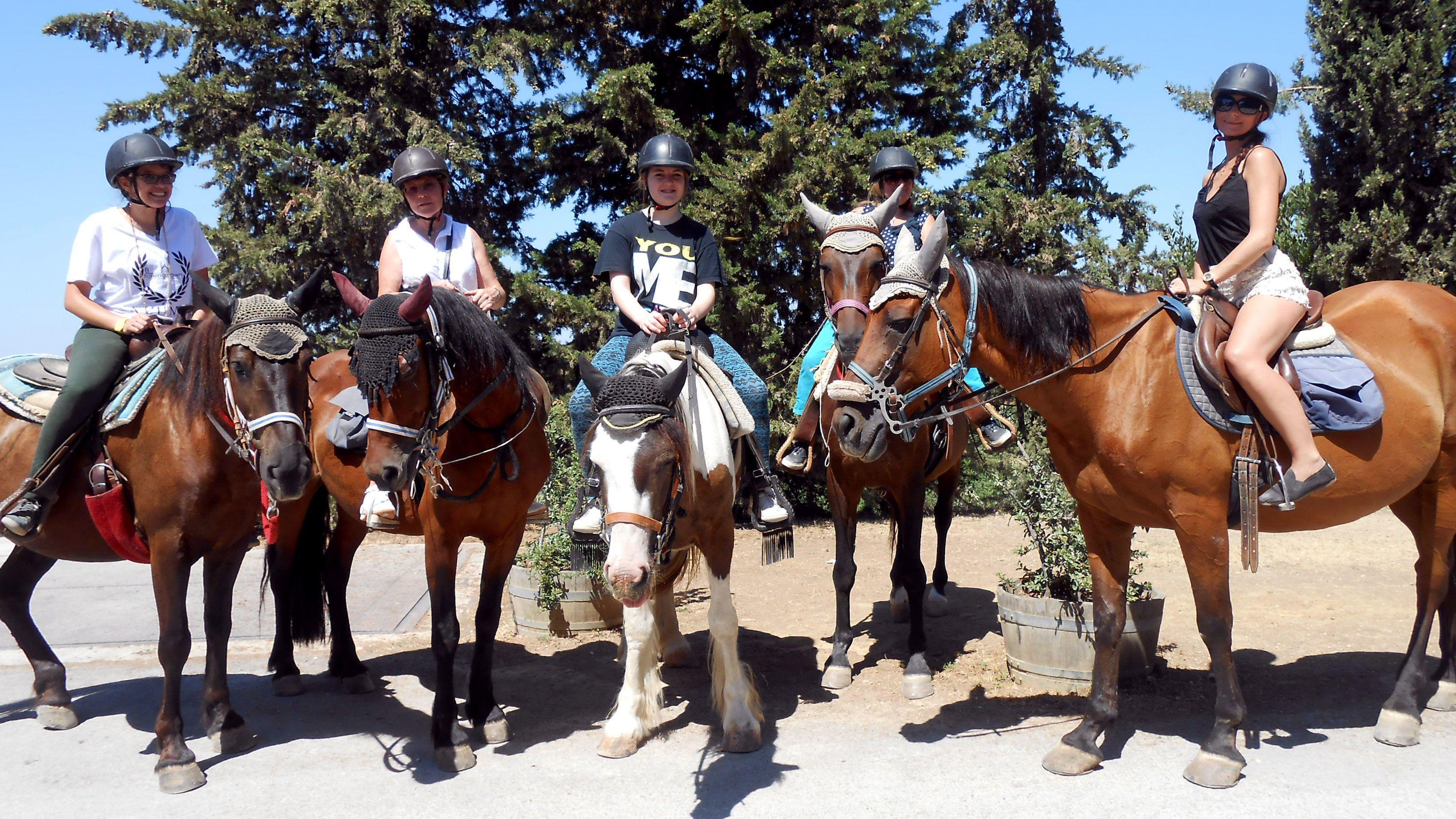 Hästridning i Toscana med provsmakning av Chianti-viner