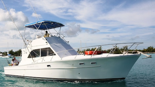 Offshore fishing vessel near the Turks and Caicos islands