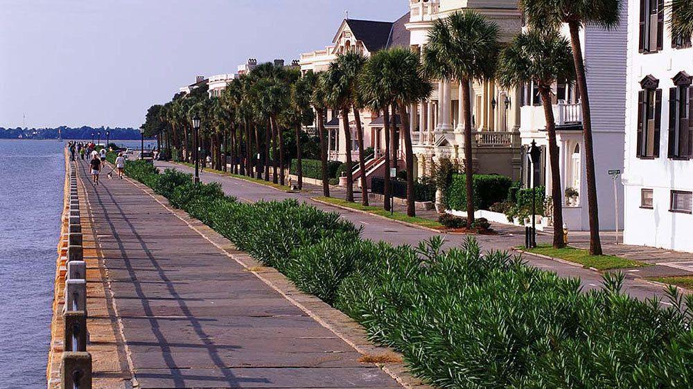 Waterfront homes in Charleston