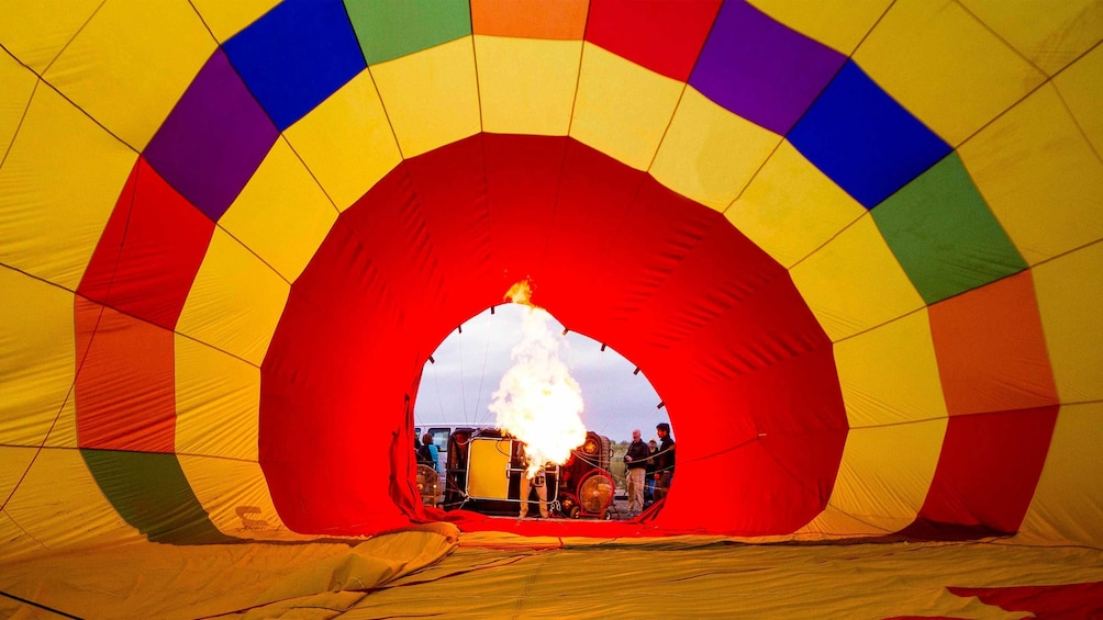 Show item 4 of 10. Inflating a hot air balloon