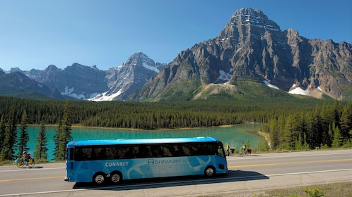 Tour bus en route to Jasper National Park's Maligne Lake