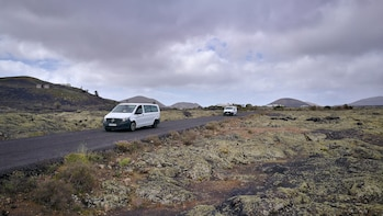 Lanzarote VIP tour in Minivan, a different route