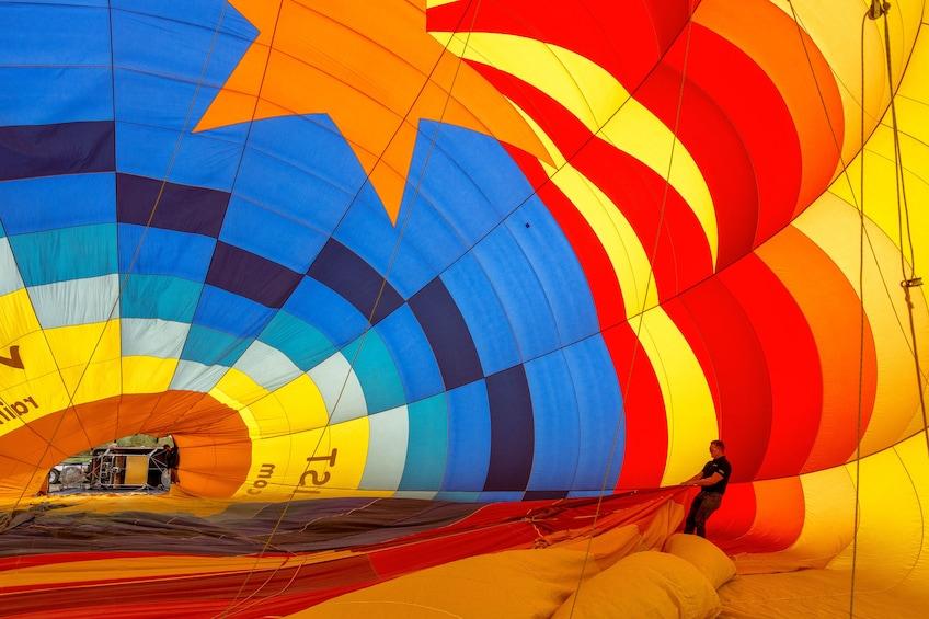 Charger l'élément 8 sur 8. Phoenix Sunrise Hot Air Balloon Ride