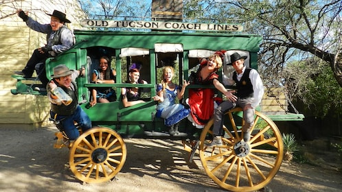 People on stagecoach in Tucson