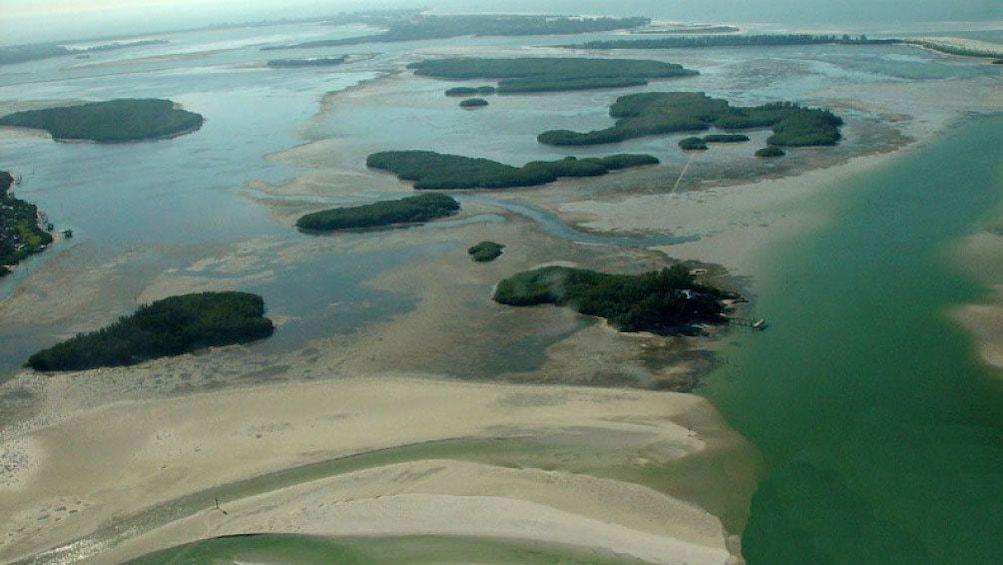 1800 acre nature preserve, Shell Key Island