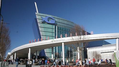 Georgia Aquarium entrance