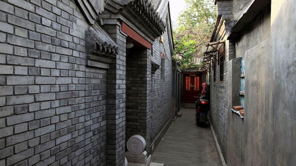 正在顯示第 3 張相片,共 5 張。 Narrow alleyway in Beijing