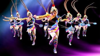 Pertunjukan Malam Beijing Acrobatic dengan Transportasi