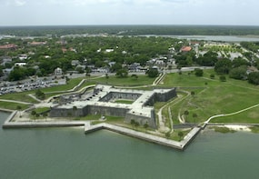 Porpoise Point and Old Downtown Helicopter Tour