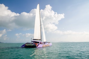 Camira Whitehaven Beach Sailing Adventure