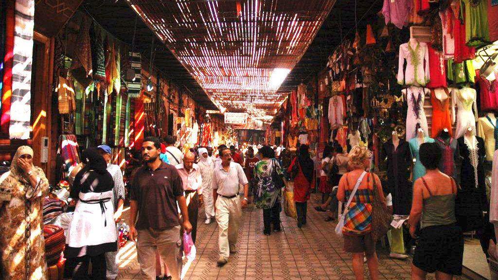 Mystieke medina en soeks in Marrakesh tijdens wandeltocht