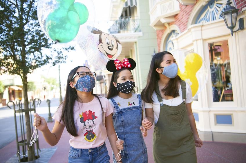 Öppna foto 8 av 8. Walt Disney World® Resort Theme Park Tickets