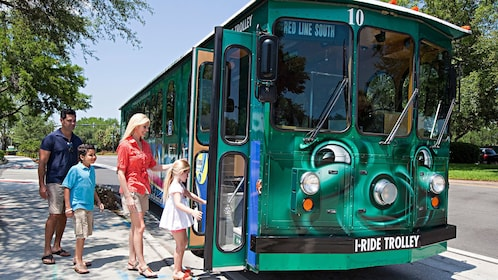 Hop-On-Hop-Off trolley with family in Orlando.