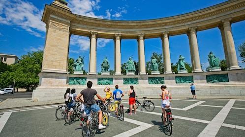 H?sök tere square in Budapest