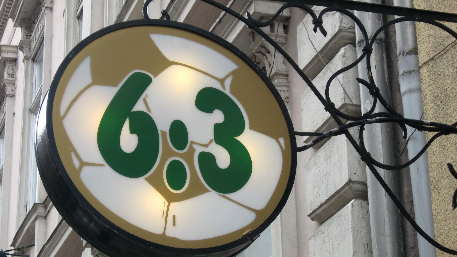 Sign that reads 6:3 in Budapest