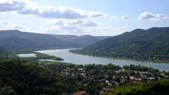 Danube Bend Day Trip with Lunch