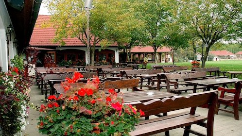 Outdoor seating area in Lajosmizse