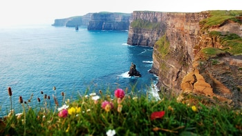 Cliffs of Moher, Doolin Village, rundturen Burren & Galway