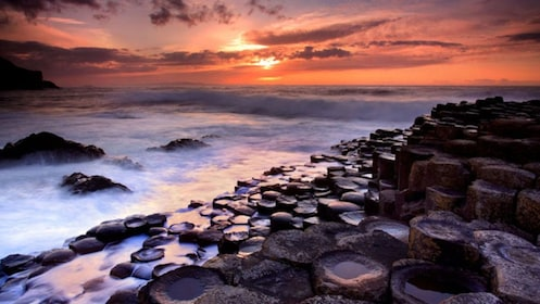waves crashing against Giants Causeway shore of Dublin