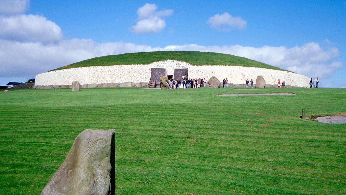 Newgrange prehistoric monument in Dublin