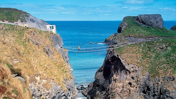 1-Day Giant's Causeway & Antrim Coast Rail Tour