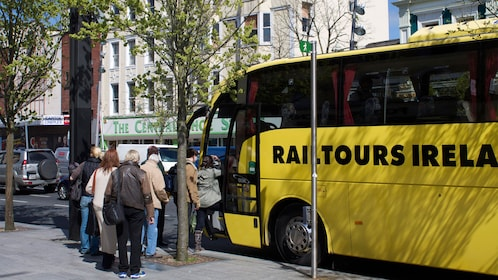 Bus for the Cork Cobh & Blarney Castle Full-Day Train Tour