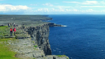 Aran Islands & Galway City Rail Tour (Full-Day Tour)