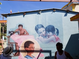Big Group: Tam Thanh Mural Village from Da Nang