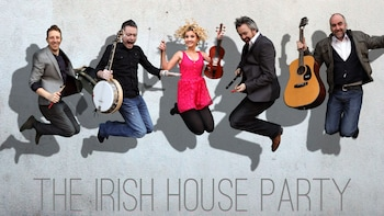 Dinner & Show at the Irish House Party