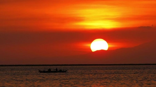 Sunsetting on the water in Manila
