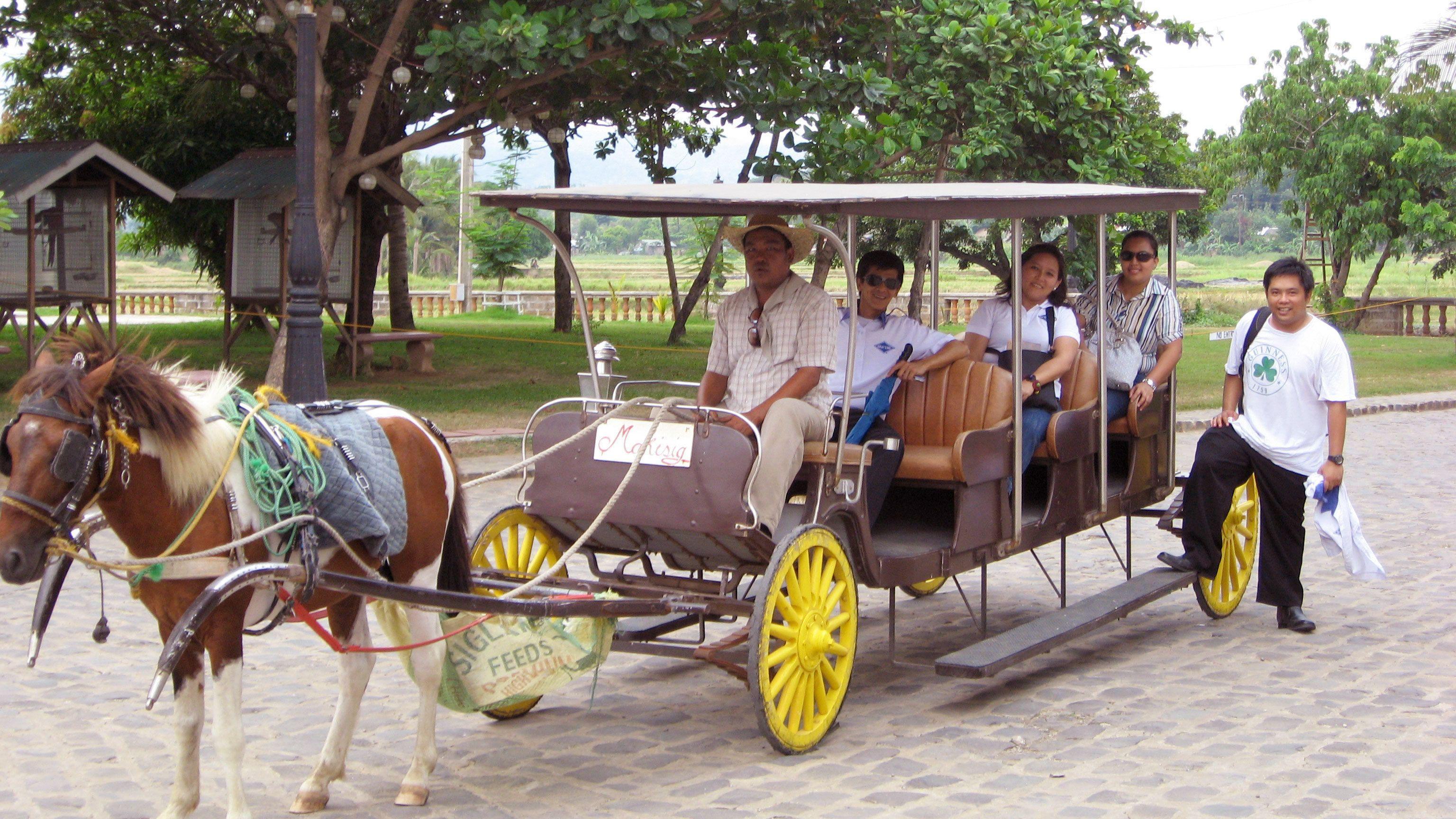 Las Casas Filipinas Heritage Tour