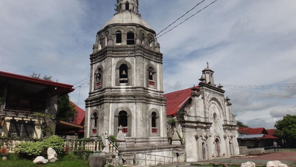 Foto 5 von 6 laden Cathedral in Subic Bay
