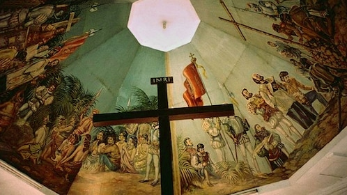 View inside the sacred Basilica Minore del Santo Niño in Cebu