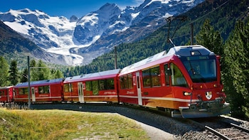 Visite en train Bernina Express vers Saint-Moritz