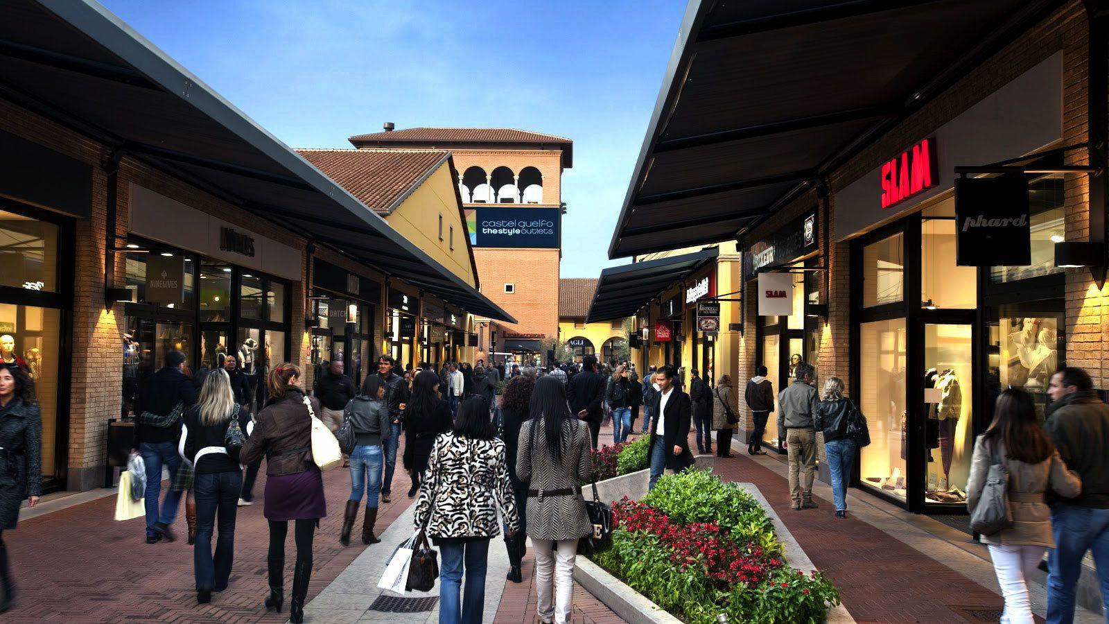 Vicolungo The Style Outlets: shopping tour da Milano | musement