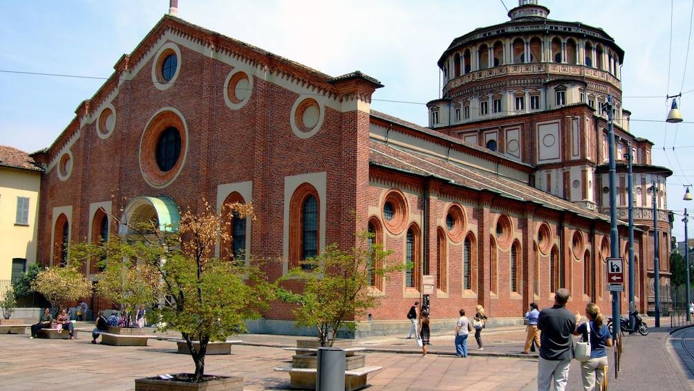 Apri foto 4 di 6. brick building exterior in Italy