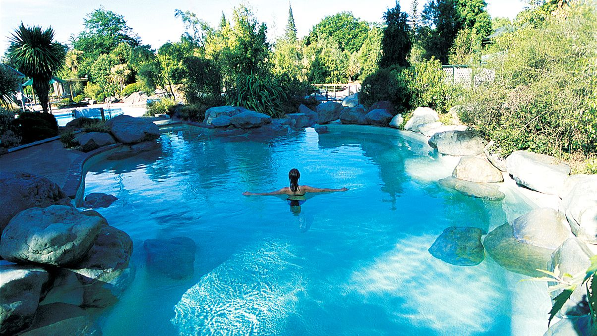 Hanmer Springs Hot Pools & Jet Boat Full-Day Tour
