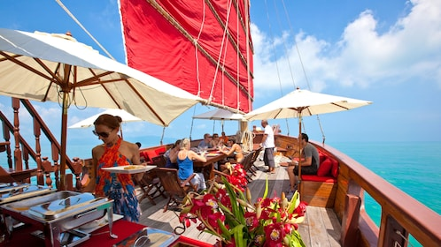 buffet and dining on boat in Koh Samui