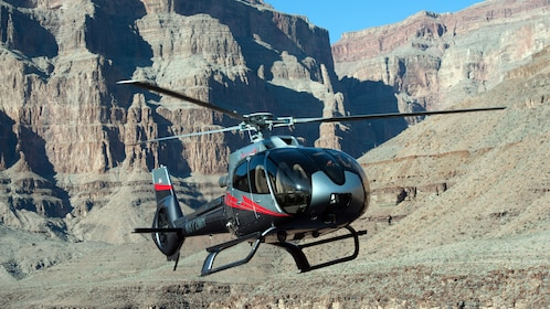 Mustang helicopter preparing for take off for the Grand Canyon