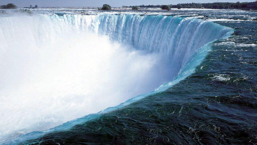 Dagexcursie met gids naar Niagara Falls door de lucht en over land vanaf Ne...