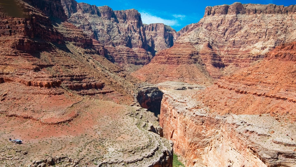2 枚目の写真 (4 枚中) を開く。 Grand Canyon South Rim scenic view