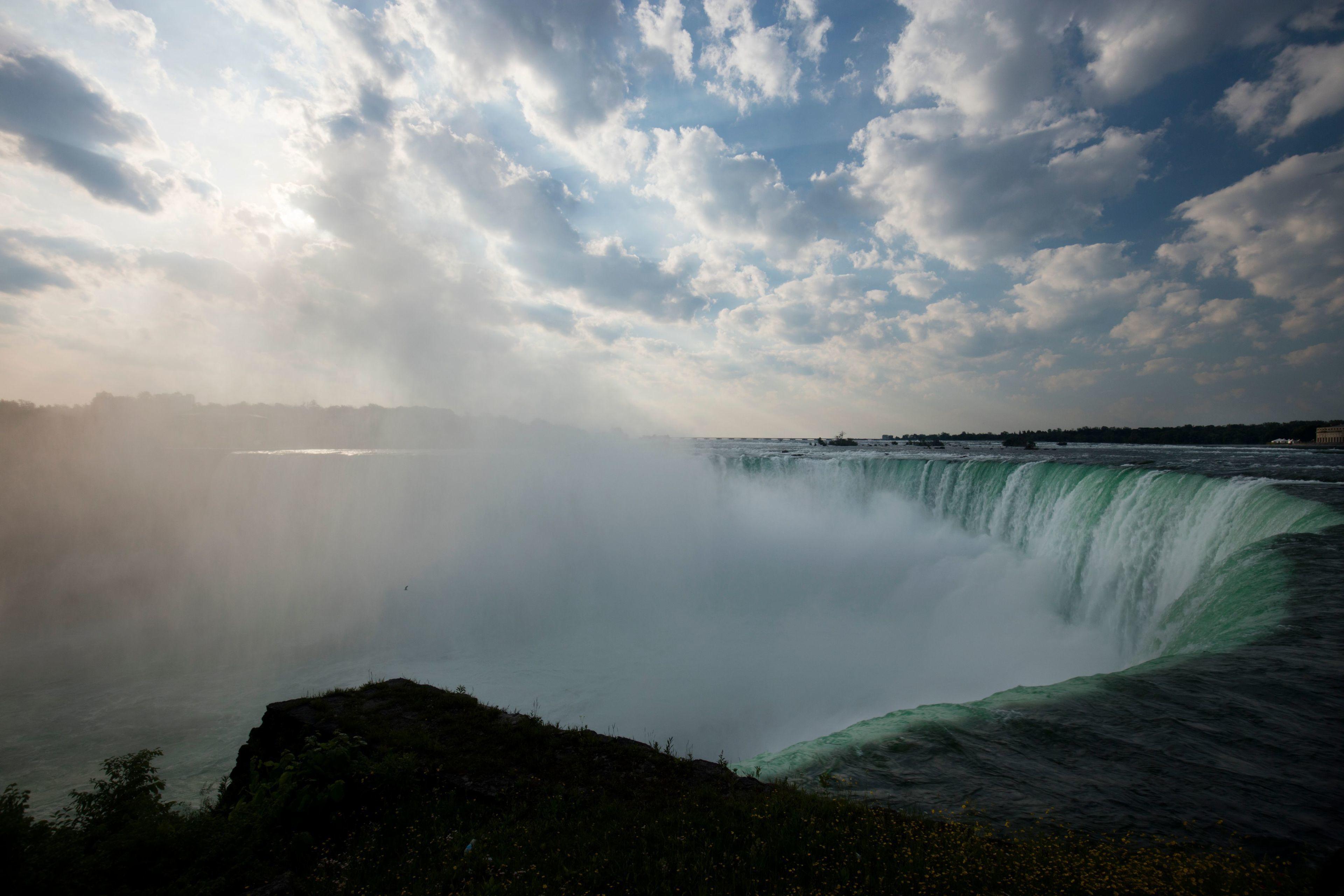 Shoppingtur från New York City med övernattning i Niagarafallen