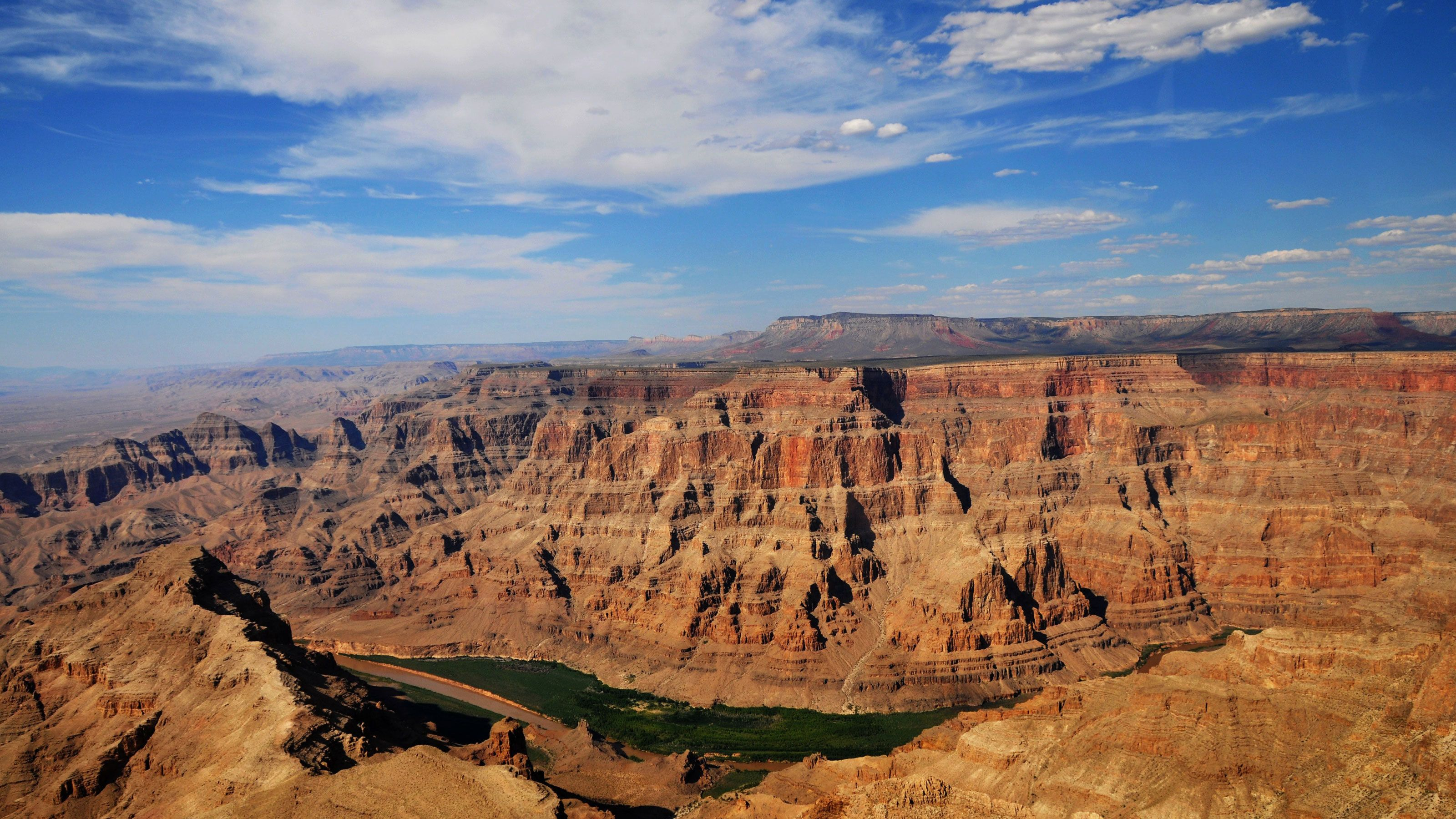 Grand Canyon West Plane & Helicopter Tour