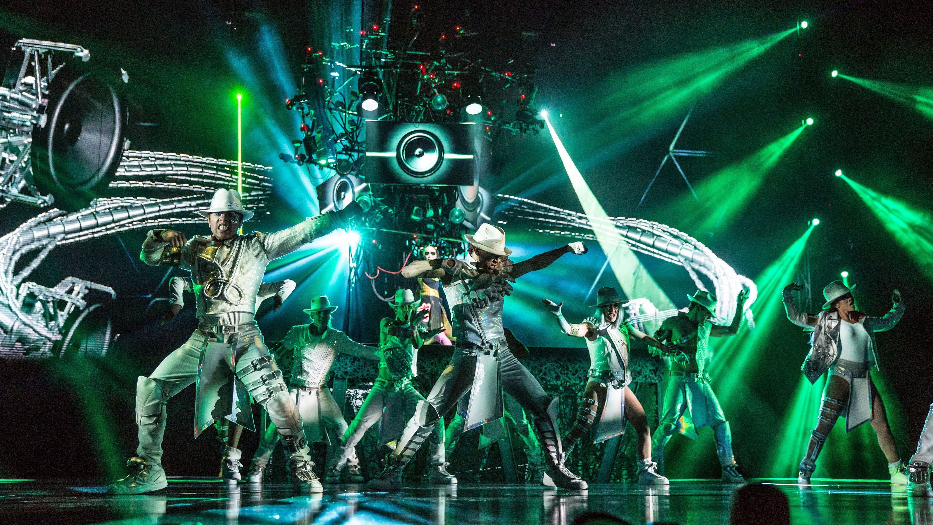 Image from number in Cirque du Soleil® show One