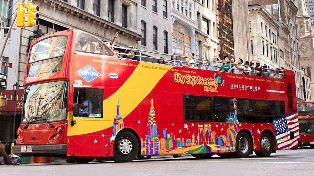 New York Hop-On Hop-Off Bus Tour