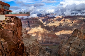 Tour del margine occidentale del Grand Canyon in autobus