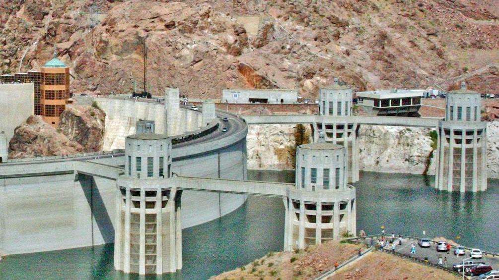 Charger l'élément 3 sur 4. Close up image of Hoover Dam in Las Vegas